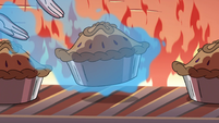 S4E2 Moon levitates pie out of the oven