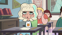 S2E32 Jackie Lynn Thomas looking sleepy