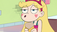 S3E14 Star Butterfly finishing her burrito song