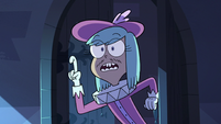 S3E2 Nervous royal aide addressing Queen Moon
