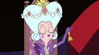 S3E10 Queen Butterfly ringing her bell again