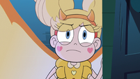 S3E38 Star looking at Eclipsa's tapestry