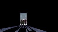 S4E11 Star, Marco, and Janna enter a dark room
