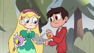 S2E10 Marco sprays mosquito with bug spray