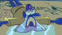S3E2 Glossaryck crying over Moon's mother