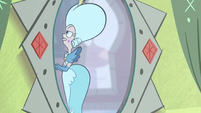 S1E9 Queen Butterfly walking away from mirror phone