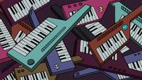 S2E16 Oskar Greason's dozens of keytars