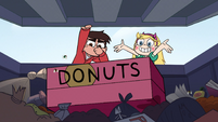 S2E14 Star tosses Glossaryck's box in the dumpster