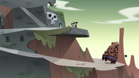 S4E33 Wagon of explosives rolls down the hill