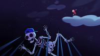 S1e2 skeleton in spikes