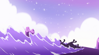 S4E31 Black unicorn slides across the water