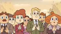 S2E27 Townspeople applauding for the mayor