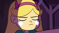 S2E28 Star Butterfly dipping down