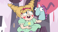 S4E1 Fake Star with Pony Head puppet