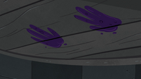 S4E30 Moon's handprints on the well cover