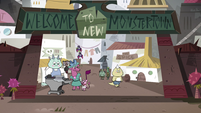 S4E1 Entrance to New Monstertown