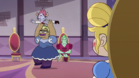 S3E10 Princess Jaggs spins Tom over her head