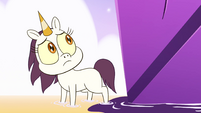 S4E31 A little lost white unicorn appears