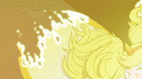 S3E38 Star's mewberty form starts to dissipate
