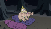 S3E27 King Butterfly sits on his sleeping bag