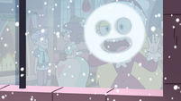 S3E25 Star Butterfly drawing a face on the window