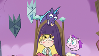 S3E21 Azniss smiling down at Star Butterfly