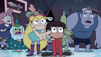 S4E11 Customers look to where Star is pointing
