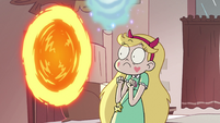 S2E31 Star Butterfly discovers Hekapoo's portal