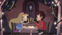 S4E13 Star and Marco clink spoons together