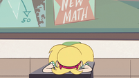 S2E32 Star Butterfly slams her face on her desk