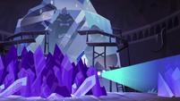 S4E4 Eclipsa generating more crystal walls
