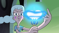 S4E35 Moon channeling magic through the wand