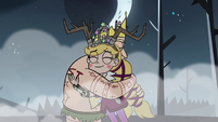 S3E27 Star Butterfly hugging her father