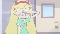 S3E11 Star Butterfly slaps her face with her palm