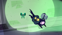 S4E21 Nameless Spell evading Void Cat and Ouro 1