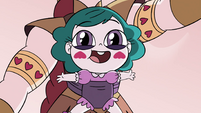 S4E35 Baby Eclipsa strapped to Solaria's midsection