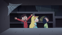 S4E11 Marco 'I'm never gonna get my wallet!'