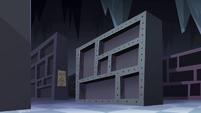 S4E11 Empty Quest Buy storeroom shelves 2