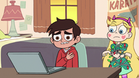 S2E19 Marco mourning the death of Mackie Hand