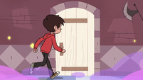 S3E14 Marco walking up to a new castle door