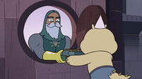 S4E1 Sir Lavabo giving linens to a monster