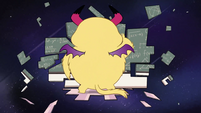 S2E32 Star Butterfly turns into Monster Star