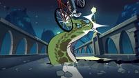 S1E10 Bicyclist runs over giraffe monster