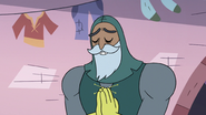 S3E14 Sir Lavabo bowing to Star Butterfly