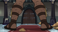 S3E36 Legs of Rich Pigeon's robot body