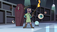 S4E11 Janna holding a flaming crossbow
