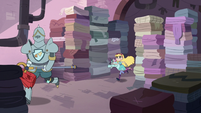 S3E8 Star and Pony Head chase Lavabo through laundry room