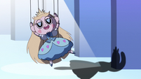 S2E40 Star Butterfly marionette returns to the stage