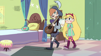 S2E40 Star and Ruberiot enter Star's bedroom