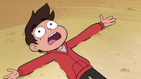 S4E12 Marco knocked to the ground